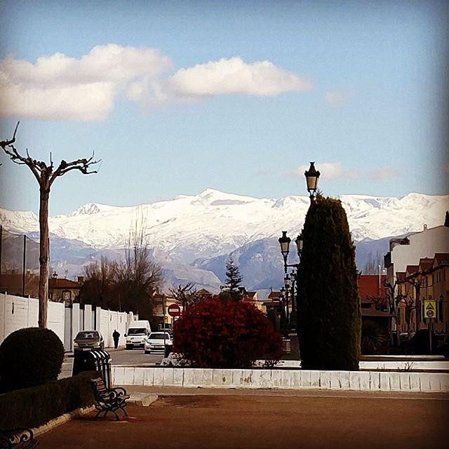 Este año no había instagrameado de lejos a la Sierra más Nevada de los alrededores #Granada