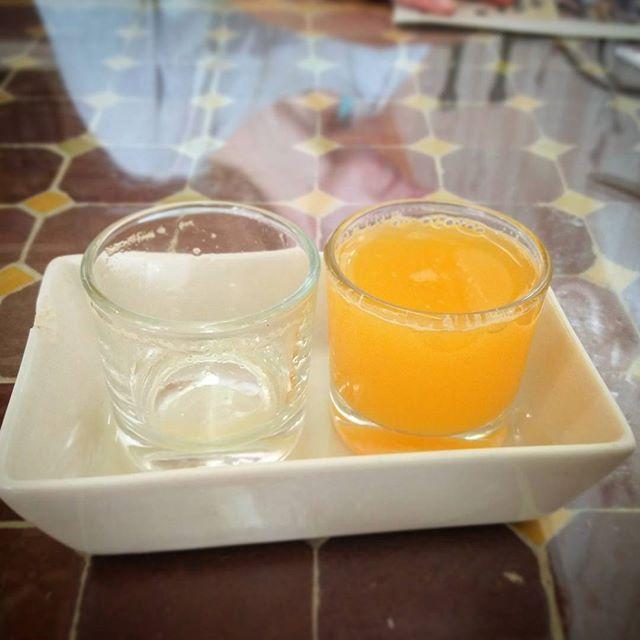 Y un chupito para completar el desayuno  #andalucia #Granada