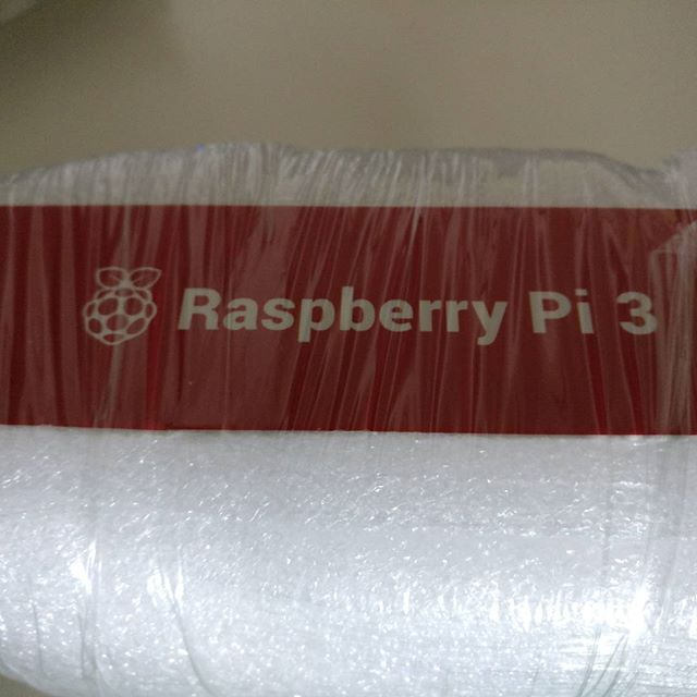 Toca unboxing #raspberrypi3