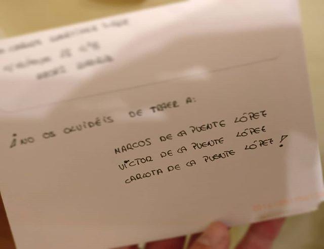 Cartas especiales por lo que contienen  que se convierten en muy especiales antes de abrirlas (gracias @samapuente y cía. )