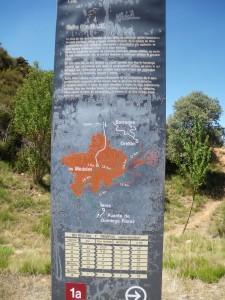 Mapa del lugar con las diversas rutas a realizar.