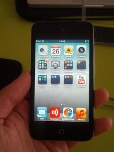 iPod funcionando con la pantalla nueva instalada