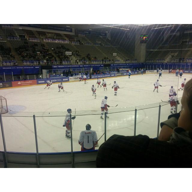Y ahora... Hockey sobre hielo! #IceHockey #Universiada2015 #WinterUniversiade