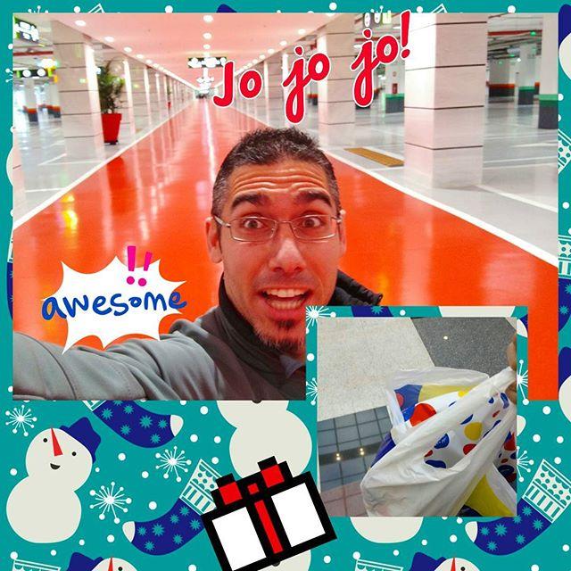 ¡Misión cumplida! Madrugar hoy merece más la pena que nunca. ¡Pim pam, toma regalitos! #Navidad