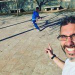 ¿Qué hace un palentino con su hijo leonés vestido de la @sdp_1922_sad con su camiseta firmada por @yuridesouza_10 en #Granada el #díadeandalucía? Fácil: meter goles como catedrales a la vieja usanza ️ #estonoesunpuenteesunacueducto