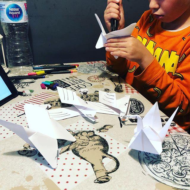 Tarde de #origami en cuarentena [{🦠}] #quedateencasa